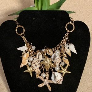 Beach party starfish shell golden necklace